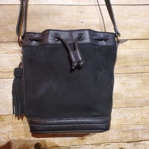 ANN TAYLOR   Suede bucket bag